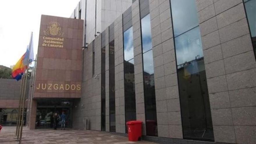 Un juzgado de La Laguna ha ordenado el ingreso en la cárcel de los arrestados