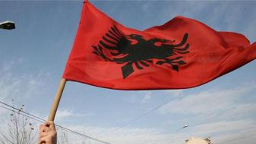 Kosovo independencia bandera