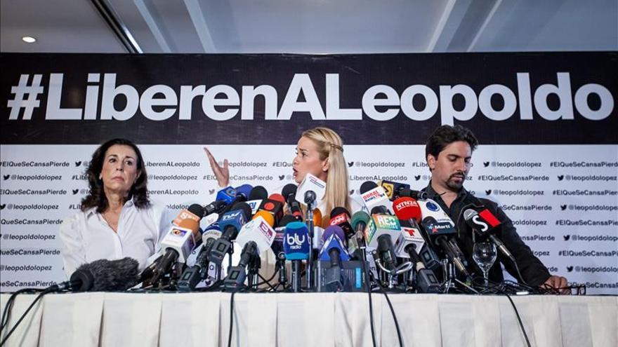 Tintori anuncia expresidentes Pastrana y Quiroga estarán en marcha opositora