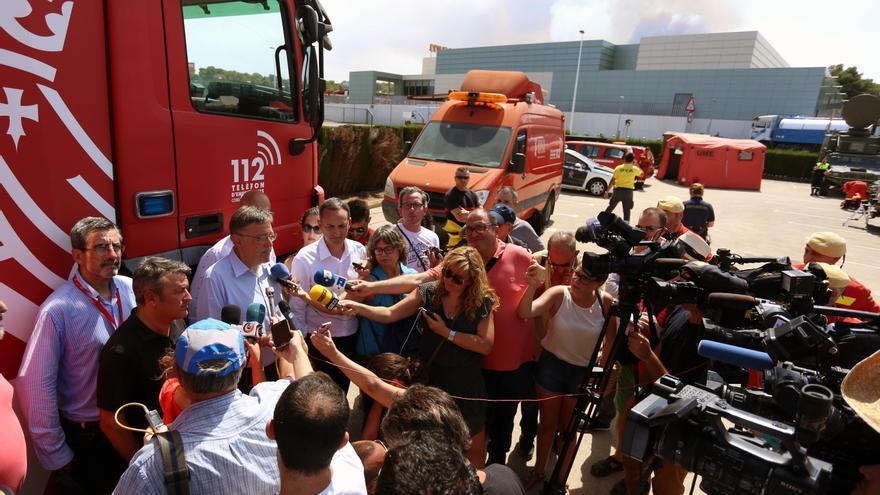 El presidente de la Generalitat, Ximo Puig, atiende a los medios de comunicación en Xàbia.