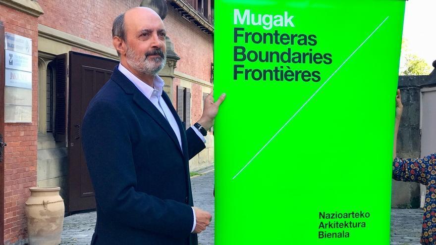 El comisario de la Bienal, Pedro Astigarraga.