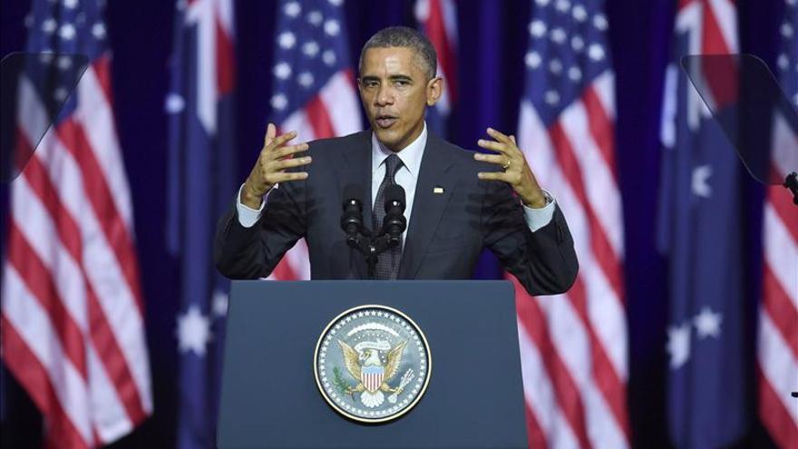 Rajoy y Obama se saludan al inicio de la cumbre del G20 en Brisbane