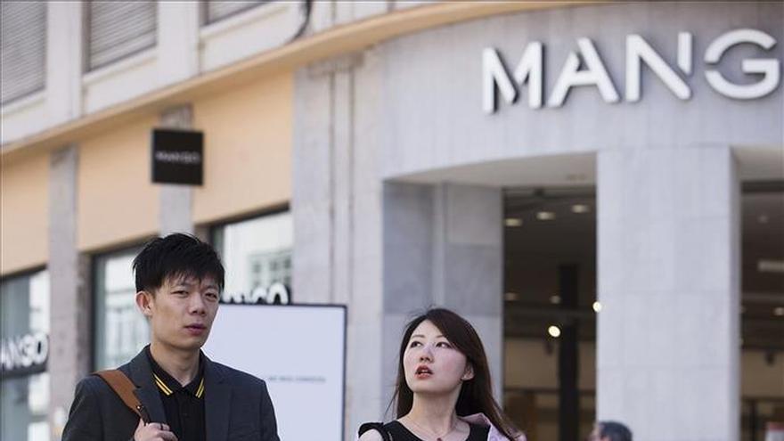 Un turista chino se gasta en una compra lo mismo que un europeo en una semana