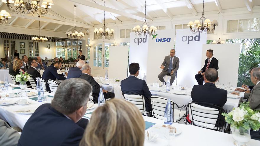 José Llorca, en su charla ante empresarios y directivos celebrada en Santa Cruz