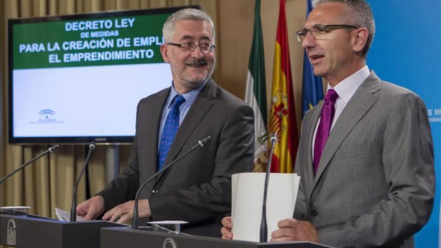 Andalucía señala que si tuviera financiación de Extremadura tendría superávit