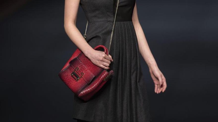 """El Comité Organizador de la Semana de la Moda de Shanghái mostró su confianza en poder """"presentar un evento de moda innovador"""" tanto para los miembros del gremio como para todo aquel que esté interesado."""