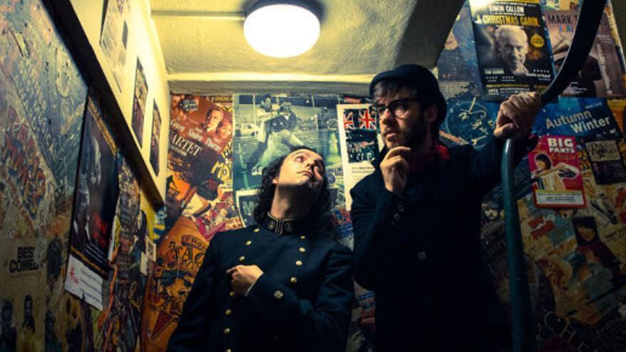 Miguel Ángel Márquez y  José Félix López, componentes de la banda onubense Antílopez.