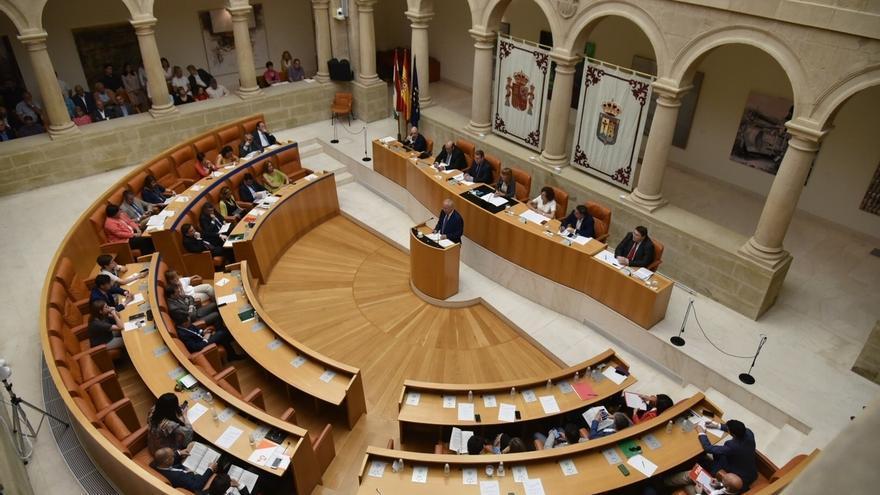 Presidente de La Rioja plantea eliminar impuesto de patrimonio y una reducción de medio punto en el IRPF para 2018