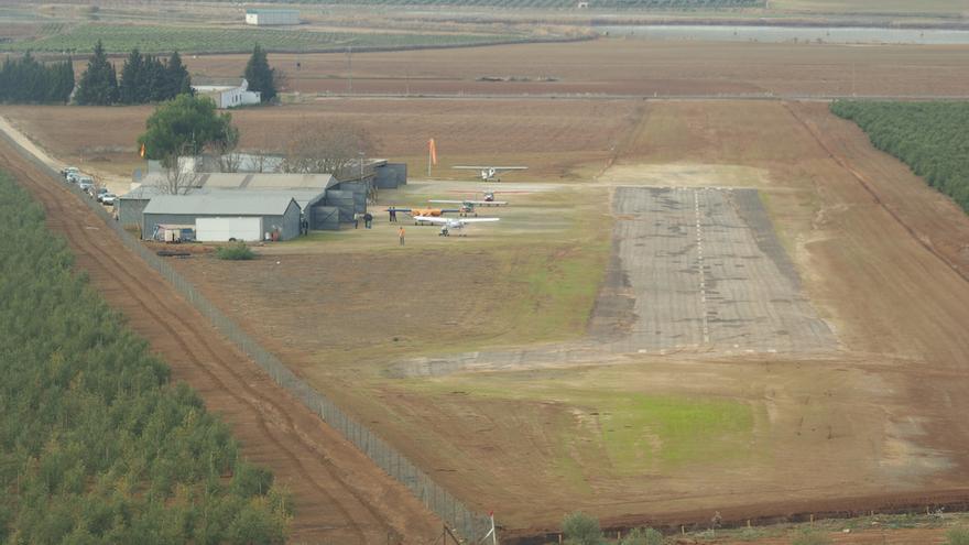 El pequeño aeródromo de Antequera en la actualidad, usado por ultraligeros / Aeroclub de Antequera