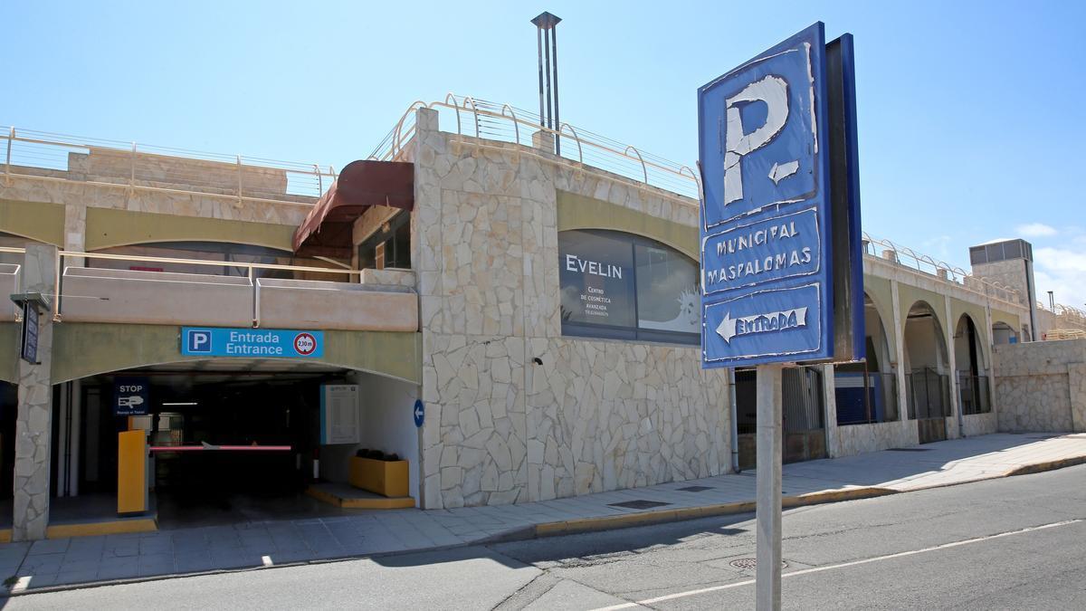 Parking de Maspalomas. (ALEJANDRO RAMOS)