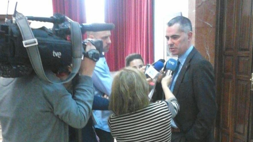 IU votará en contra de la investidura de Iñigo de la Serna como alcalde de Santander
