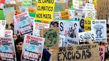 """Las 'Generaciones Sin Futuro' reclaman """"justicia"""" ante emergencia climática"""