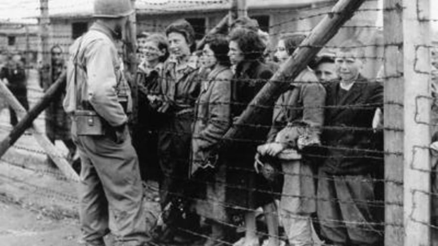Supervivientes en el campo de concentración de Mauthausen / Foto: United States Holocaust Memorial Museum