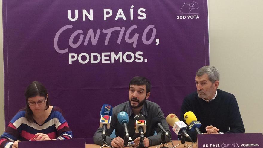 De izquierda a derecha: Cristina Pemán, Pablo Bustinduy y Julio Rodríguez.