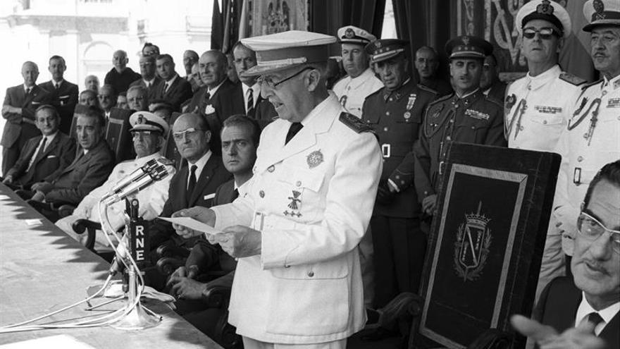 Tortosa revoca por una unanimidad el título de alcalde perpetuo a Franco