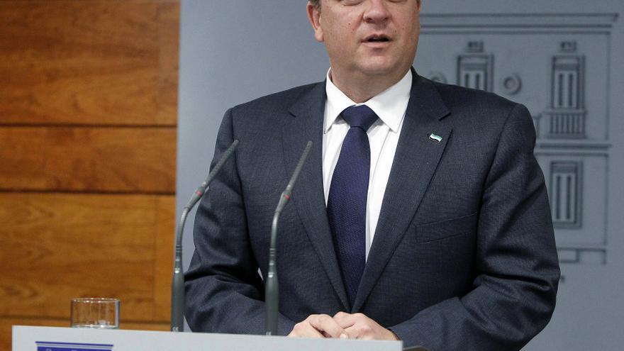"""Monago dice que algunos políticos """"son una pena, por la fatiga que producen"""""""