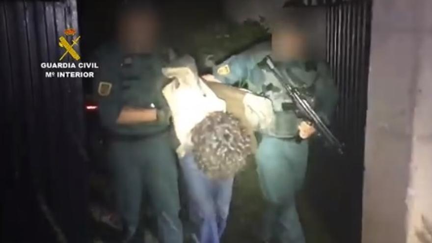 Momento de la detención de Luciano Simón. | GUARDIA CIVIL