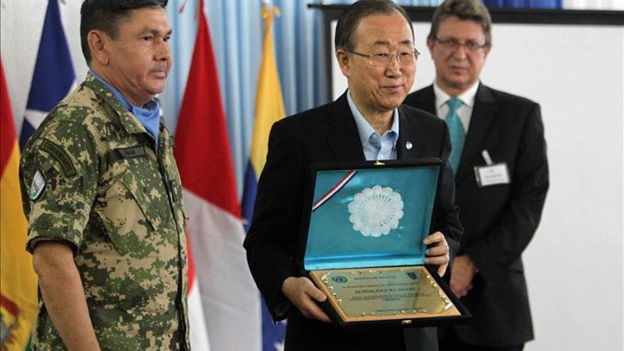 Ban Ki-moon destaca en Paraguay el trabajo de las mujeres soldado