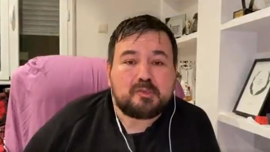 """El alcalde de La Roda (Albacete): """"Tengo ELA, no me he vacunado y estoy deseando, pero tengo miedo que alguien me diga que es por mi puesto"""""""