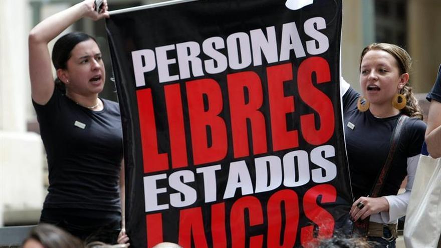 El 65 % de los colombianos están de acuerdo con aborto legal, según encuesta