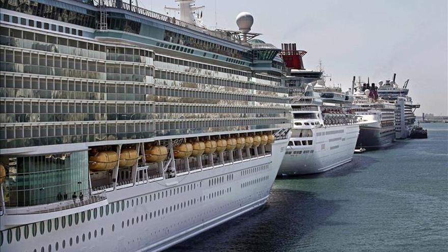 El número de cruceristas en España se mantuvo estable en 2014 en 7,6 millones