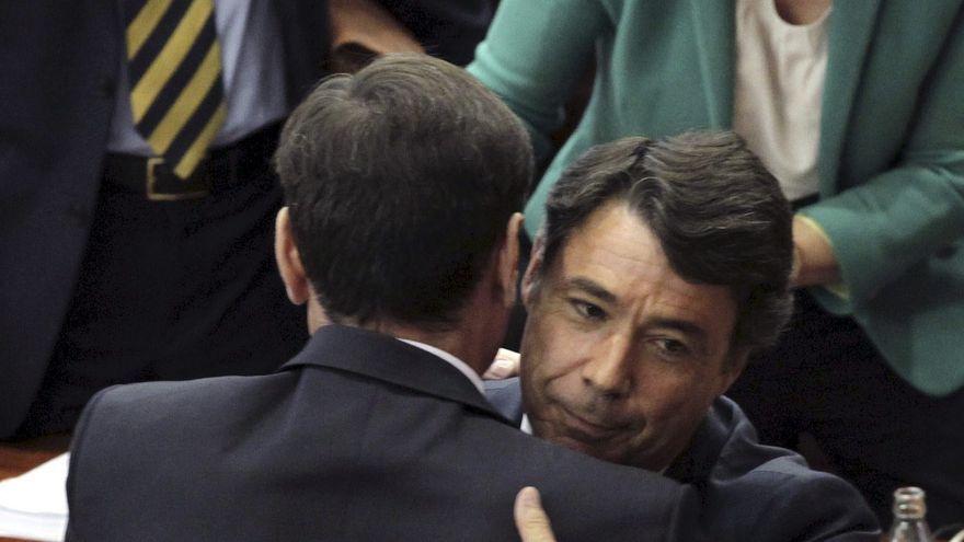 La Asamblea comunica al Rey y al Gobierno la elección del presidente de Madrid
