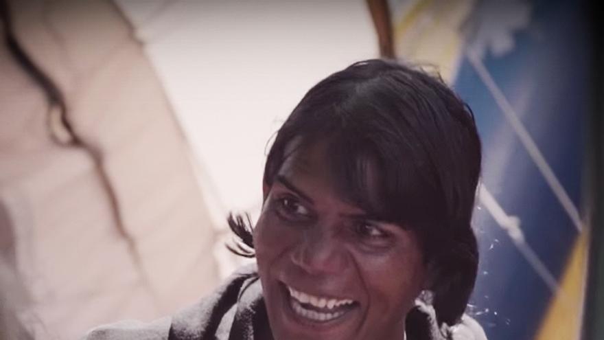 """Natasha es una de las refugiadas que viven en Grecia en una situación """"muy vulnerable"""" y para la que solicitan su traslado a España.   Bienvenidos Refugiados España"""