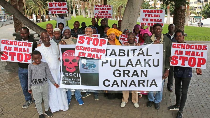 Concentración en Las Palmas de Gran Canaria contra el genocidio en Mali. (ALEJANDRO RAMOS)