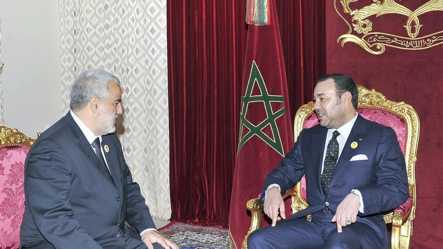 El rey Mohamed VI de Marruecos recibe al jefe de gobierno Abdelilah Benkirán