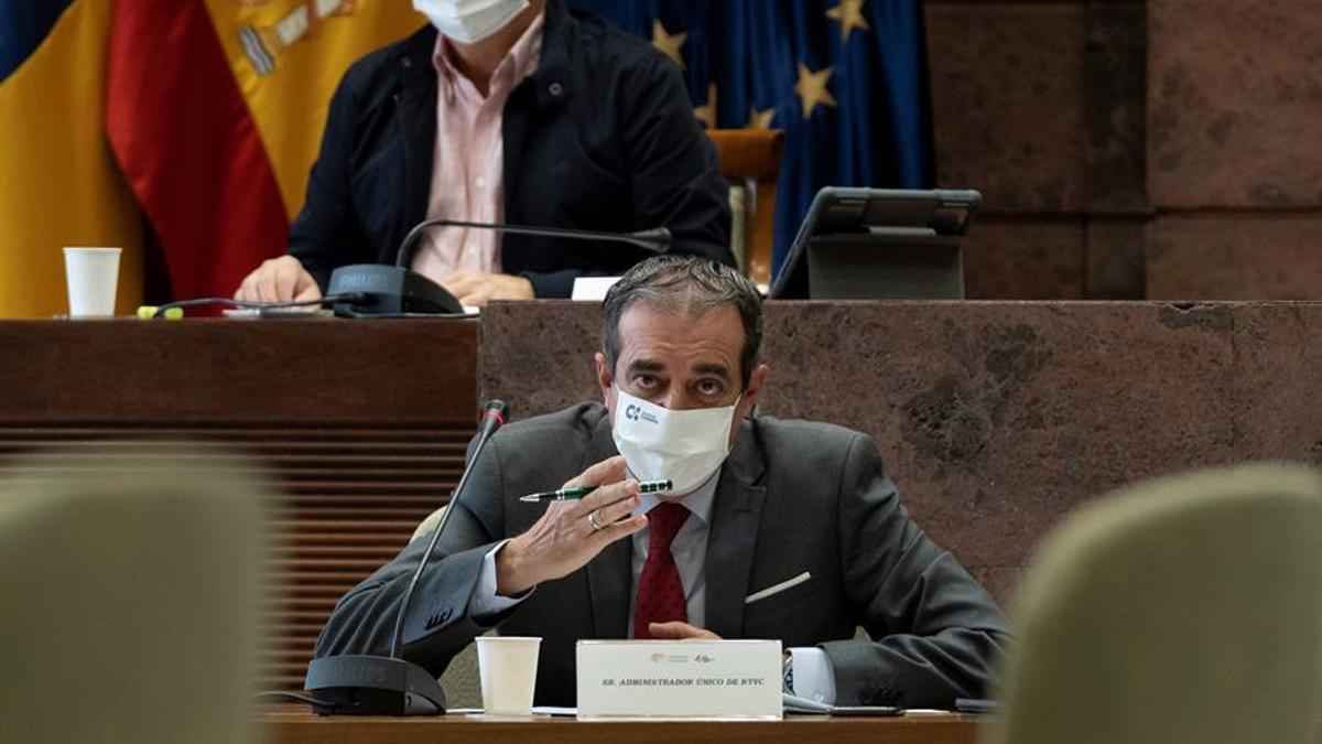 El administrador único de RTVC, Francisco Moreno, durante una comisión parlamentaria.