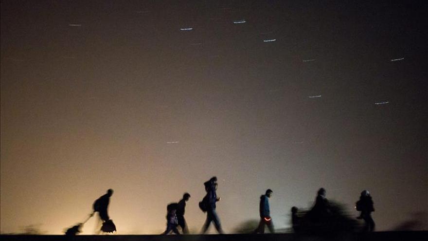 Austria envía el ejército a su frontera para ayudar en los controles policiales