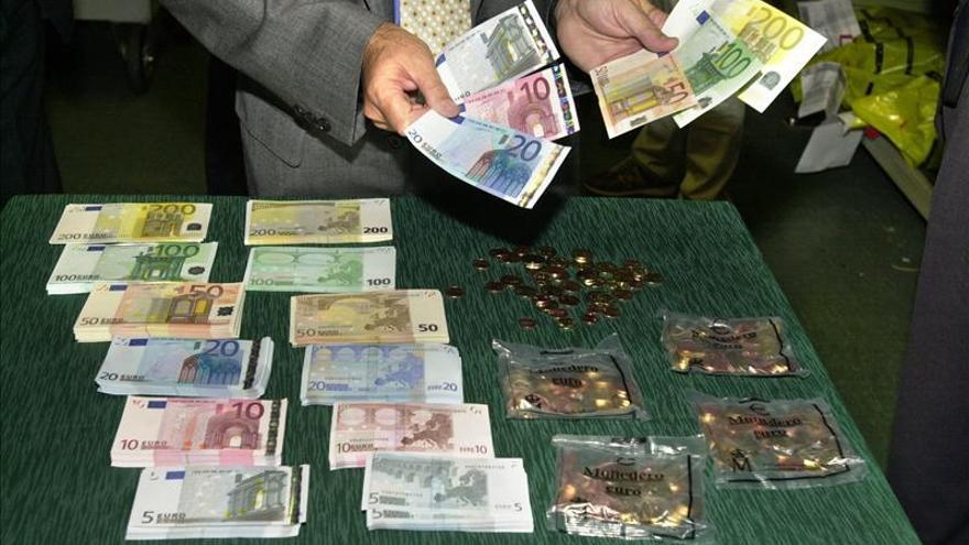 El euro sube en la apertura a 1,3365 dólares en Fráncfort