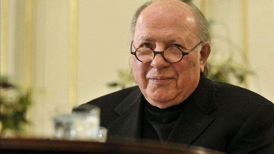 Imre Kertész, premio Nobel de Literatura 2002, hospitalizado en Budapest