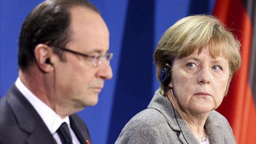 Hollande se reúne con Merkel para apoyar iniciativas de crecimiento y empleo