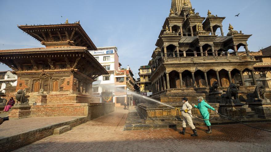 El 22,5 % de los trabajadores perdieron su empleo en Nepal debido a COVID-19
