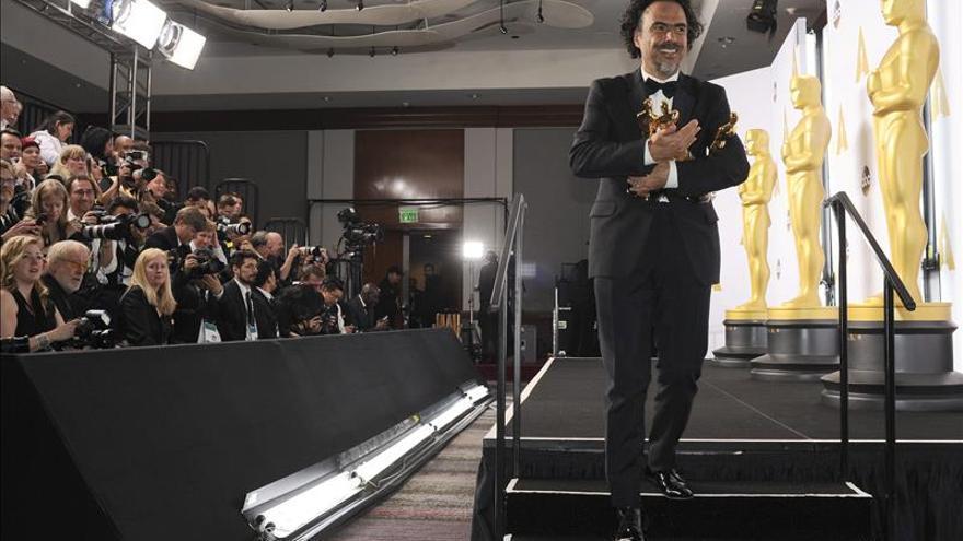 "Alejandro González Iñárritu gana el Óscar de mejor director por ""Birdman"""