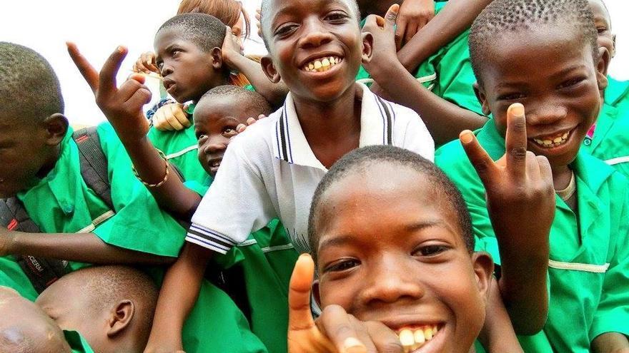 Niños senegaleses en una de las escuelas apoyada desde las instituciones forales.