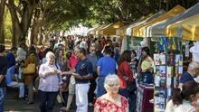 Imagen de archivo de la Feria del Libro de la capital tinerfeña, que se inaugura este viernes, 24 de mayo