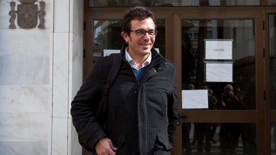El alcalde de Cádiz será juzgado acusado de dañar el honor de antecesores del PP