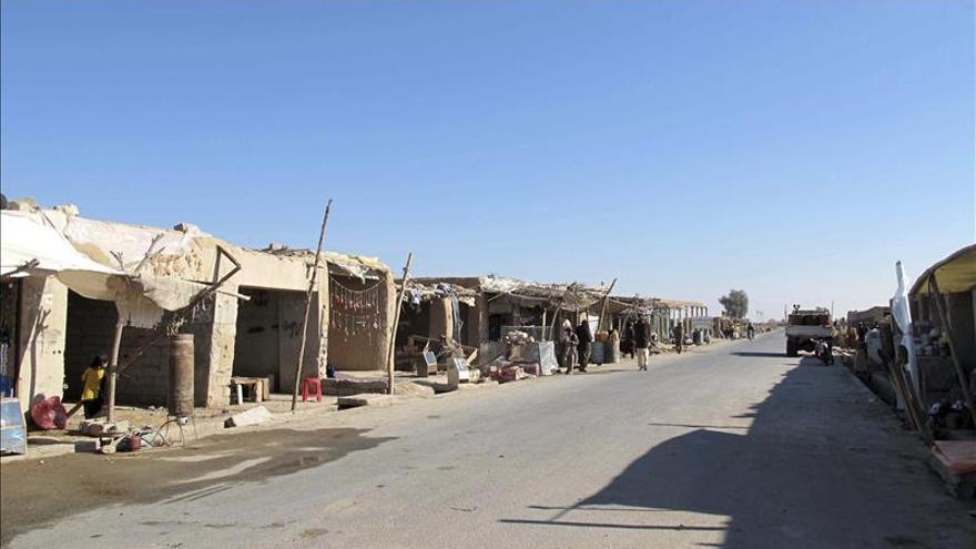 Las tropas afganas intentan detener el avance talibán en el sur del país