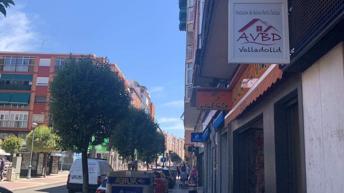 El primer día sin mascarillas al aire libre en Valladolid. Barrio de Delicias
