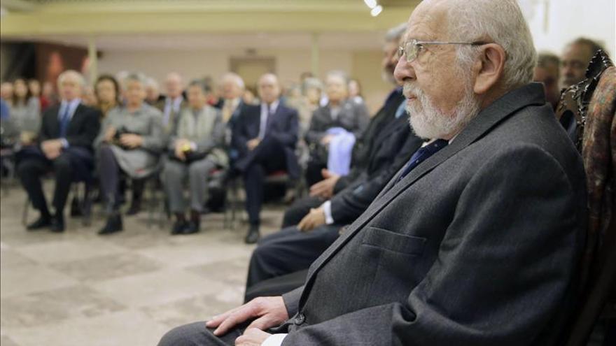 Acuña repasa el coleccionismo gallego en su discurso como académico de Bellas Artes