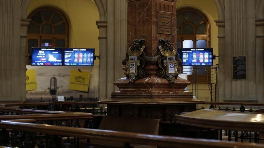 La Bolsa española inicia la sesión al alza, suma un 0,13 por ciento y roza los 10.400