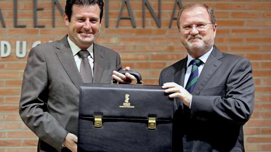 José Ciscar y Alejandro Font de Mora, los dos exconsellers implicados en la etapa de contratación de zombies en Ciegsa.