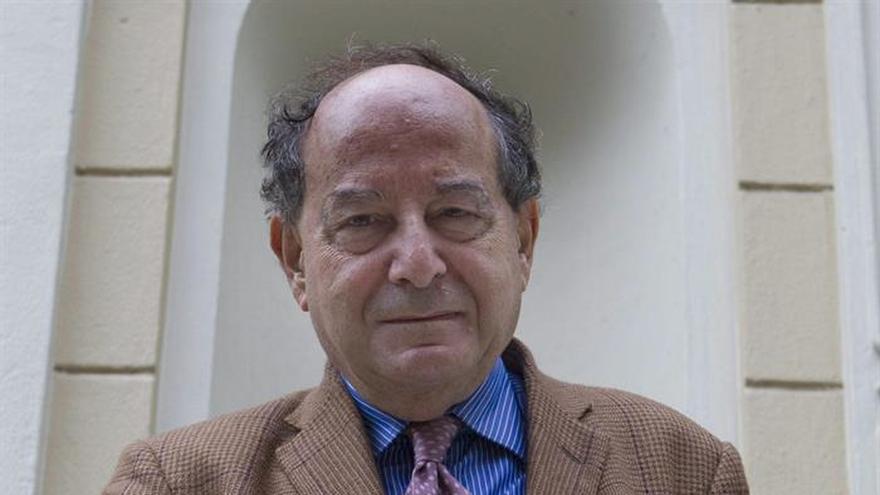 Roberto Calasso: La filosofía debería esconderse en la clandestinidad