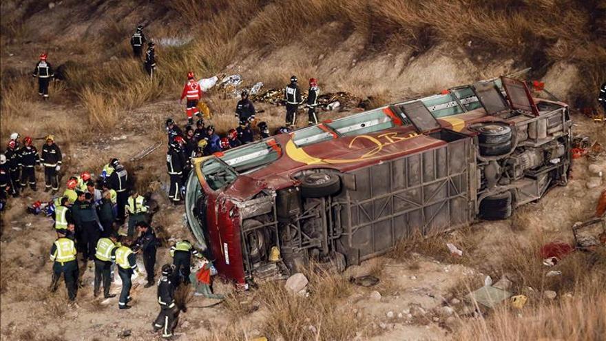 Al menos diez muertos en un accidente de autobús en Cieza (Murcia)