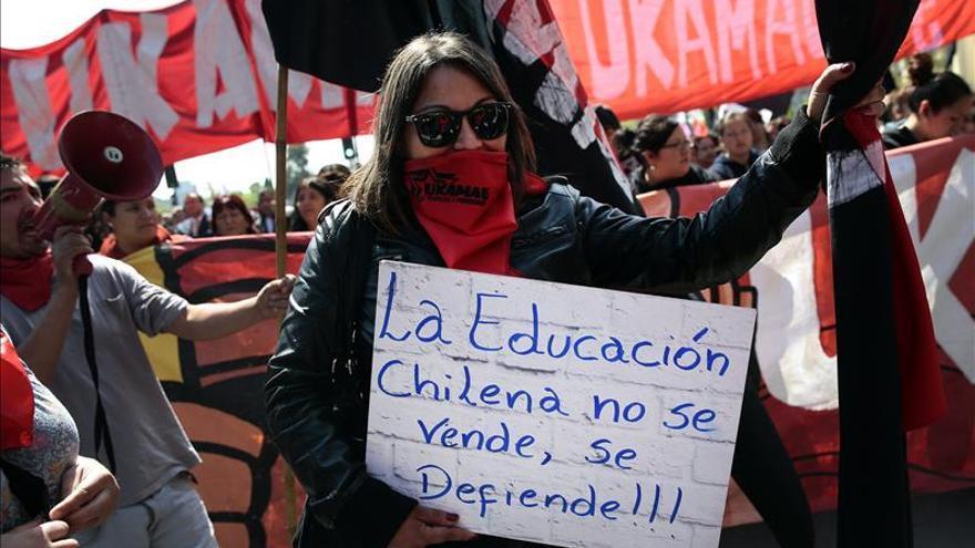 Tribunal chileno considera arbitrarios los requisitos para gratuidad en educación
