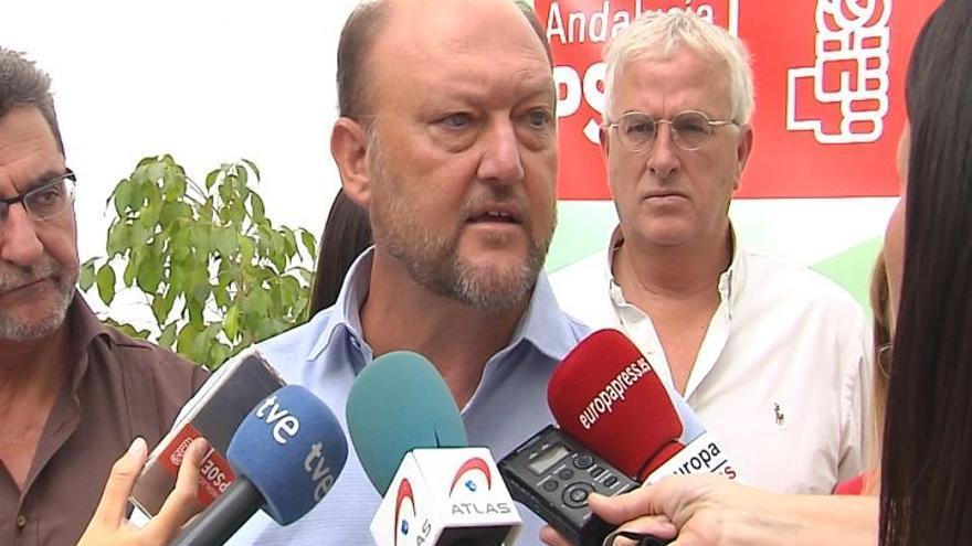 """Pradas dice que el PSOE estará en la oposición """"gobierne quien gobierne"""" y ve los ataques a Vara impropios de su partido"""