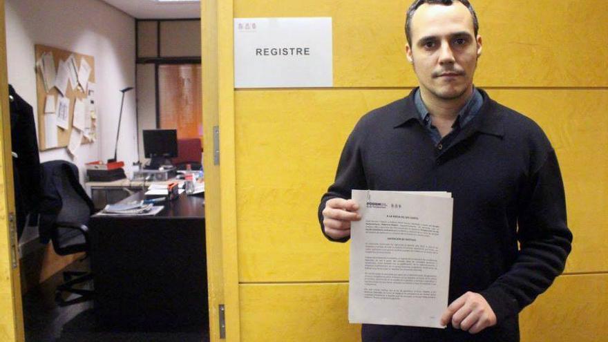 El diputado de Podemos Jordi Alamán con la PNL para la creación de un sello de calidad en hostelería y restauración