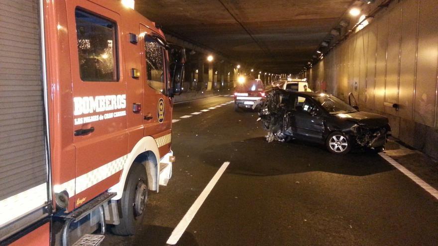 Aparatoso accidente en el túnel de San José #2